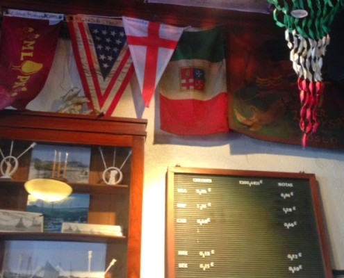 bar peter bandiera italiana omero