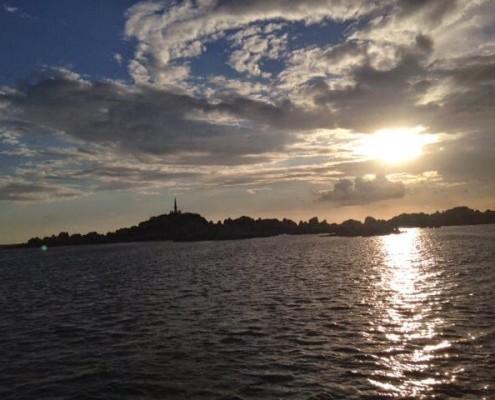 vacanze in barca a vela corsica lavezzi
