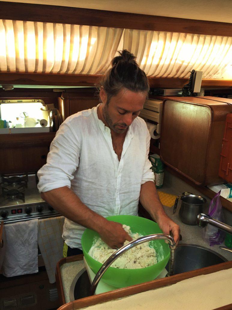 fare il pane in barca antonio martino