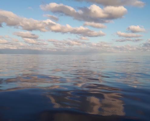 prevedere il tempo osservando il cielo cumuli in oceano