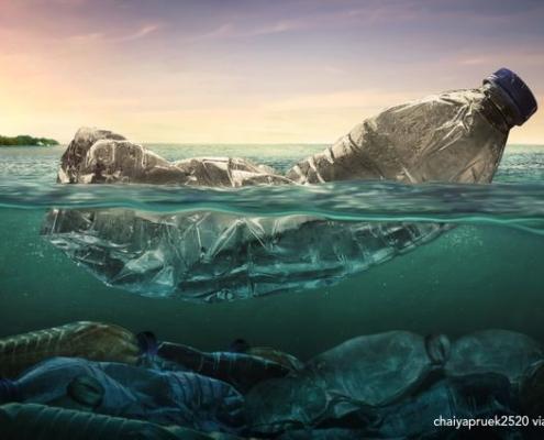 rifiuti a bordo plastica