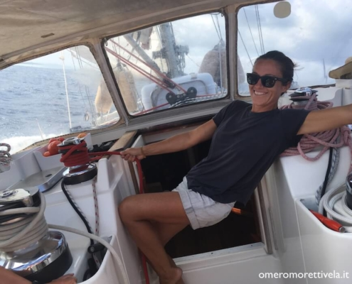 vacanze in barca a vela hostess marinaio vita di bordo