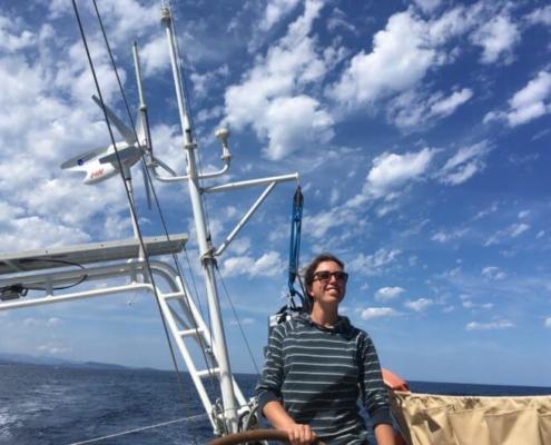 vacanze in barca a vela equipaggio al timone