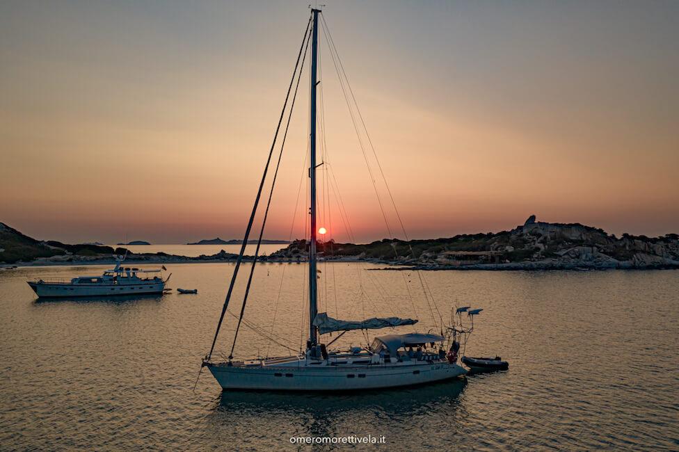 vacanza in barca a vela sardegna punta molentis